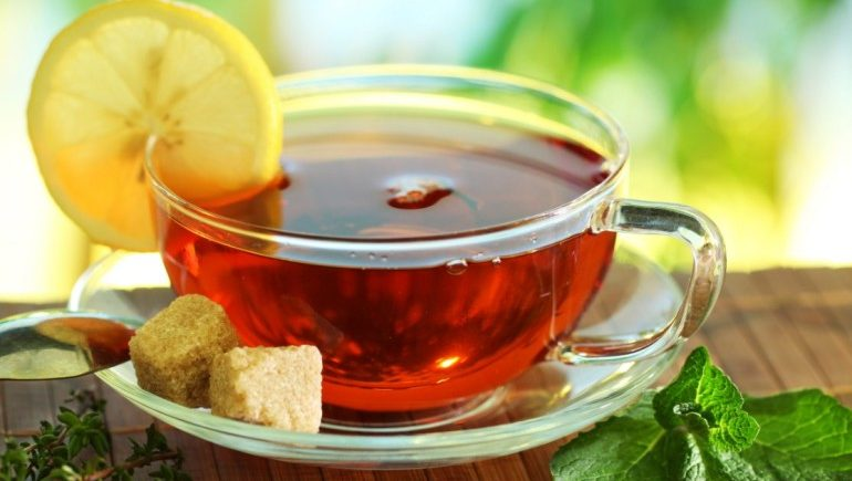 Употребление чая и кофе способствует набору веса