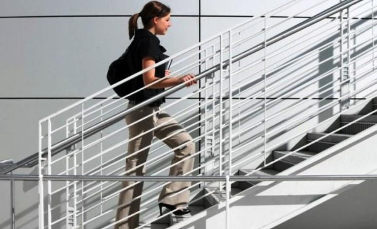 Ходьба по лестнице всего 30 минут в неделю защитит сердце
