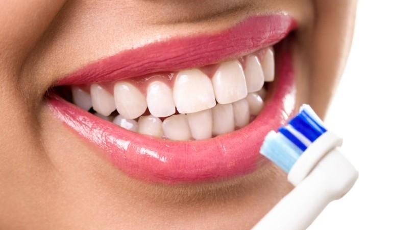 Самые частые причины разрушения зубной эмали