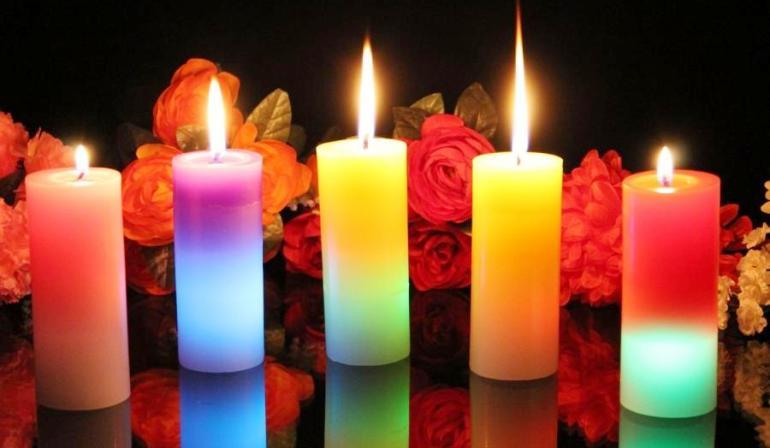 Какие свечи влияют на любовь, деньги и удачу