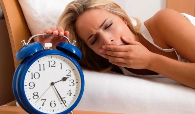 Недостаток сна способен справиться с депрессией
