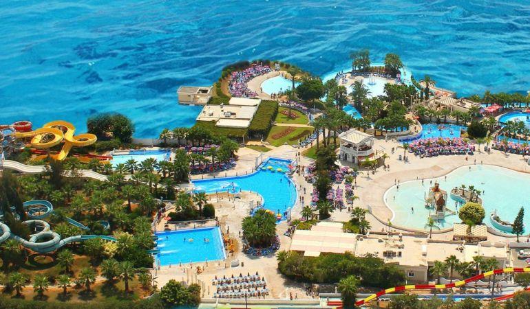 Аквапарк WildWadi в городе Айя-Напа на Кипре