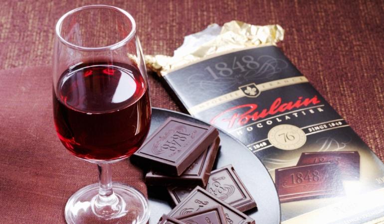 Шоколад и вино сохраняют молодость
