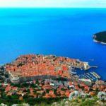 Популярный у туристов, белый город в Хорватии – Дубровник