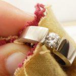 Как почистить золотое кольцо самостоятельно