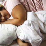 Недостаток сна приводит к ожирению
