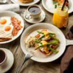 Очень важно завтракать перед утренними тренировками