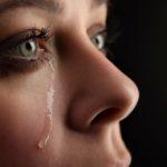 Почему люди плачут в самолетах
