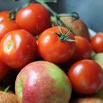 Яблоки и помидоры помогут восстановить легкие курильщиков