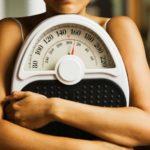 Взвешивание помогает худеть быстрее