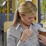 Как отстирать пятна кофе с одежды