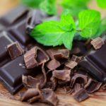 Вредно ли часто есть тёмный шоколад