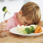 Как приучить ребёнка употреблять в пищу овощи