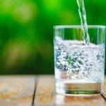 Утро нужно обязательно начинать со стакана воды
