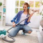 Сколько калорий можно сжечь, выполняя работу по дому
