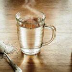 Нужно ли пить горячую воду для борьбы с коронавирусом?