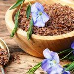 Семена льна помогают избавиться от запора